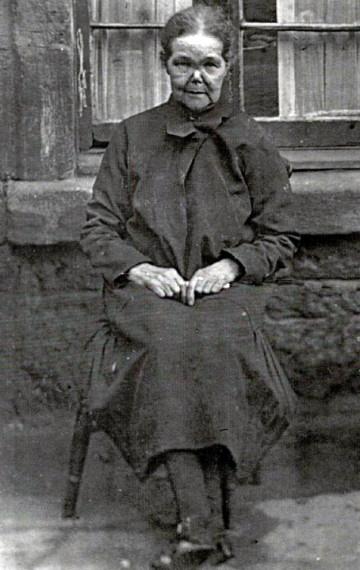 Grandma Kinnon 1910s