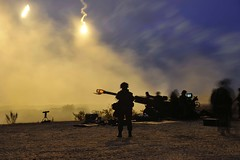 Canadian Forces - Exercise COLLABORATIVE SPIRIT 2014  (Petawawa, Ontario) (Canadian Forces Photos - Forces canadiennes photos) Tags: night army military ranges artillery caf cf weapons flares petawawa canadianarmedforces canadianforces 2cmbg 4thcanadiandivision