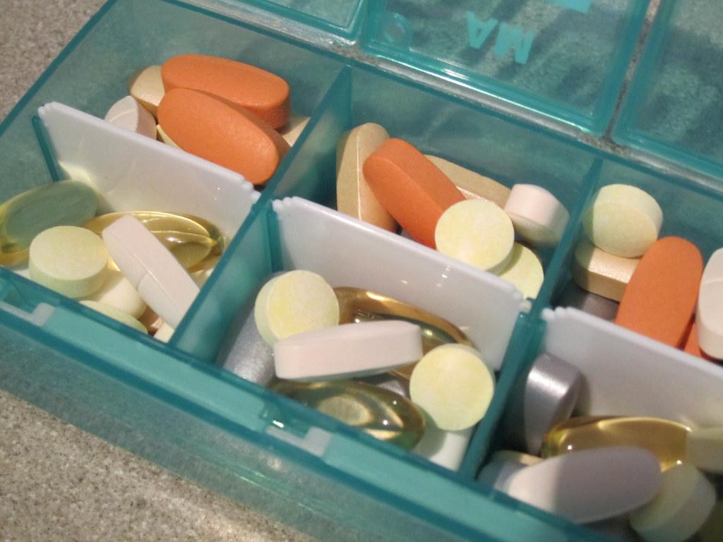 2Hãy chủ động đem thuốc khi đi du lịch vì chỉ có bạn mới biết bệnh của mình