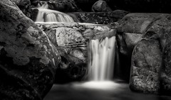 cascade Corse (Lymatly Photos) Tags: cascade rock pierre corse noiretblanc longueexposure expositionlongue