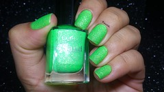 S71 - Perfect (Raabh Aquino) Tags: unhas esmalte liquidsand texturizado texture verde neon green nails nailpolish