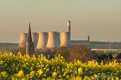 Power Towers - 15 (Jamarem) Tags: april 2017 ratcliffeonsoar nottinghamshire power station cooling towers oil seed rape evening canoneos70d 70300mm yellow