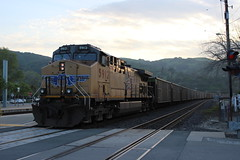 Union Pacific #5912 (GE AC44CCTE) in Martinez, CA (CaliforniaRailfan101 Photography) Tags: amtrak amtrakcalifornia unionpacific up capitolcorridor sanjoaquin californiazephyr ge emd cdtx f59phi p42dc c45accte es44ac es44ah et44ah gevo gp402 gp382 ac44ccte ac4400cw sd70m sd70ace npcu cometcar hirail siemens sc44 charger amtrakcascades patched patchedsp sp southernpacific heritage coaltrain manifest intermodal ztrain