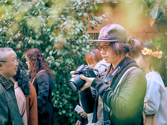 街拍 (何神) Tags: 相機 捲毛 canon fujifilm 攝影 人 人像 老鏡 meyer 散景 green oreston 專注