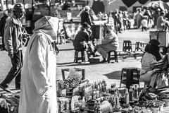 a day in the market (maria_daniela) Tags: blackandwhite bw blancoynegro blackwhite culture daily bn paseo mercado marroqui marrakech marrakesh marruecos cultura hombre hombres jamaaelfna jmialfan