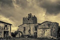 La torre de Noriega (ton21lakers) Tags: torre asturias bn castillo noriega