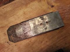 20141019_125735 (Finnberg68) Tags: plane bed iron cutter patent patented billnäs bruk chipbreaker 13022 billnas