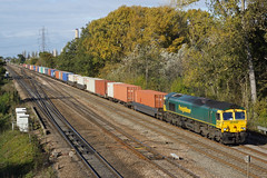66571 Didcot East Junction (Gridboy56) Tags: gm leeds southampton didcot freightliner class66 4054 66571