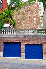 Le garage le plus cool de Lige (2014) (LiveFromLiege) Tags: lige liege luik lttich lieja liegi patrimoine ancien architecture city thier de la fontaine rempart garage parking ancient wallonie belgique belgium
