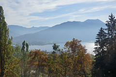 2014-10-12 Tegernsee 078 Neureuth, Tegernsee (Allie_Caulfield) Tags: autumn panorama oktober fall kreuzberg geotagged bayern bavaria photo high october flickr foto image sony herbst natur oberbayern picture hike hires cc resolution leisure jpg alpha bild jpeg geo 77 tegernsee stockphoto wanderung 2014 mnchner erholung hausberg neureuth fnfseenland hausberge prinzenweg 77v slta77 seitenmoos