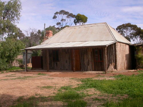 228 log cottage, Blinman, South Australia