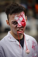 Mon il !? (sylvain.collet) Tags: paris death blood zombie mort fear morbid horrible sang peur morbide zombiewalk canon5dmarkiii canonef70200mmf28lisiiusm