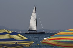 Sonne Strand Meer (latariosreise) Tags: trip travel sea summer holiday strand sailboat spain meer europa europe mediterranean day sailing sommer urlaub screen sail mallorca sonne segelboot balearen palmanova mittelmeer jacht sonnenschirme segeljacht latarios