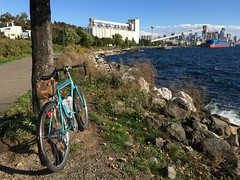 Elliot Bay Trail (papahazama) Tags: photostream