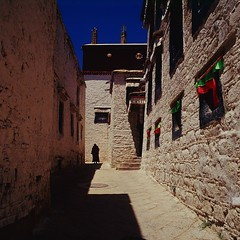 img097 (autrant) Tags: film rolleiflex kodak ngc monastery sl66 lhasa e100vs sera