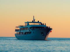 Yacht (MikeAncient) Tags: sunset sea geotagged evening ship yacht croatia dubrovnik meri mediterraneansea ragusa ilta adriaticsea kroatia hrvatska auringonlasku laiva alus adrianmeri vlimeri huvipursi jahti huvijahti