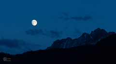 moonrising over the Wilder-Kaiser Tirol (maggo28) Tags: blue moon night rising austria mond tirol hour kaiser wilder