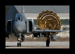 F-4E AUP 71743 339 HAF D08_7150 (Panagiotis Pietris) Tags: f4e headon phantomii 80400mmf4556dvr dragchute hellenicairforce lgad andravidaafb