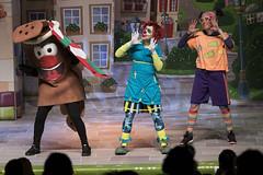 En la imagen se puede ver un momento de la actuación 'Tipi-tapa Korrika!- de Pirritx, Porrotx eta Marimotots en el Ermua Antzokia.  Fotografía cedida por el fotógrafo local Óscar Blanco Gutiérrez