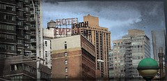 Mid-Town Manhattan (AWJ-photography) Tags: awjphotography nyc nycskyline newyorkcity newyork rockefellercenter greenwichvillage grandcentralstation grandcentral radiocitymusichall radiocity nbc rainbowroom newyorkpubliclibrary trumptower donaldtrump presidenttrump empirestatebuilding edsullivantheater