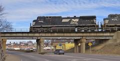 Train 224 Crosses West Florissant (Joseph Grayfire) Tags: missouri jennings florissant west railroad southern norfolk