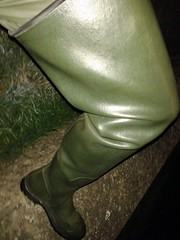 Deltas in the Dark (essex_mud_explorer) Tags: lechameau delta rubber thigh boots waders rubberboots rubberwaders thighboots thighwaders cuissardes watstiefel caoutchouc gummistiefel rainwear green