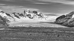 bw window-6 (Nicola Demegni) Tags: 2017 islanda nicolademegni frameontherun iceland landscape landscapephotography nikonphotography nikonitalia nikon natgeo natgeotravel travelphotography naturephotography