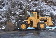 Michigan L320 (3) (Proto-photos) Tags: michigan l320 heavyequipment machinery construction frontendloader vehicle wheeled bucket connellsville pennsylvania snow winter