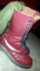 20161208_073324 (rugby#9) Tags: drmartens boots icon size 7 eyelets doc docs doctormarten martens air wair airwair bouncing soles original 14 hole lace docmartens dms cushion sole yellow stitching yellowstitching dr comfort cushioned wear feet dm 14hole cherry indoor 1914 boot footwear shoe socks bootsocks greensocks greenbootsocks