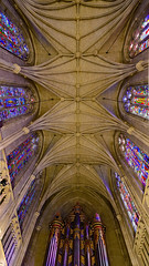 Duke Chapel ceiling (nydavid1234) Tags: nikon d600 nydavid1234 durham duke dukeuniversity dukechapel chapel cathedral architecture arches stainedglass gothic landmark neogothic symmetry
