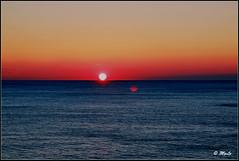 Full immersion (Maurizio Longinotti) Tags: portofino susnet tramonto colori colors liguria italia italy seascape marligure sole sun mare sea nuvole clouds cielo sky