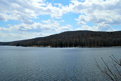 Picnic View (105/365) (robjvale) Tags: nikon d3200 usa vt wilmington lake scenic clouds project365
