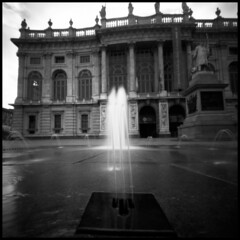 torino, p.zza castello # 1 (Roberto Messina photography) Tags: bw italy 6x6 analog torino october 2000 pinhole zero zeroimage 2014 aph09125