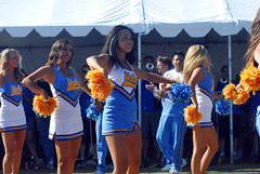 DSC_0011 (bruin805) Tags: cheerleaders ucla bruins danceteam spiritsquad pac12