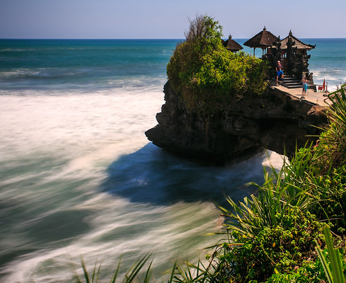 Batu bolong, Bali.