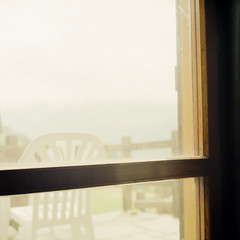 Window (ZoSo74) Tags: italy 120 film window fog clouds rollei analog rolleiflex mediumformat garden aperture italia fuji 10 c iso finestra 400 ten pro 28 asa nebbia sedia f28 chai blades aosta giardino valdaosta twinlens c41 pellicola 400h novole xenotar medioformato biottica