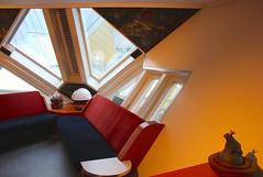 Interieur Kubuswoning. (elsa11) Tags: netherlands rotterdam blaak nederland architectuur kubuswoning cubehouse kijkkubus oudehaven pietblom paalwoning showcube boomwoning kubuswoningenrotterdam interieurkijkkubus interiorshowcube
