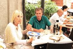 Anne Marie e Mark a Castellina in Chianti (fotografia per passione) Tags: italy canon italia tuscany chianti siena toscana toscane castellinainchianti canoniani marksoetebier markchristiansoetebier canonianiitaliani