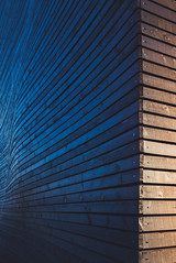 morning wood (itawtitaw) Tags: wood morning blue light orange sun abstract color reflection building lines architecture facade contrast corner sunrise munich glow edge gradient curve tu audimax minimalist divided fassade woodenplanks canoneos5dii canon2470mm28ii merkleholzbau