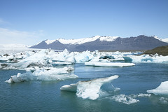 Jkulsrln Iceland (www.artravelling.it) Tags: travel blue ice canon lago iceberg jkulsrln ghiaccio 2014 5dmarkii