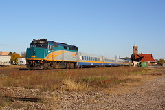 Top n' Tail (Joseph Bishop) Tags: railroad ontario canada station cn train track top tail tracks n rail railway trains via rails passenger dundas railfan brantford lrc 76 subdivision p42 6404 f40ph3