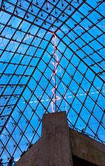Muse du Louvre - Paris (y.caradec) Tags: sunset sky paris france museum europe ledefrance louvre grand dessin ciel plus claude monde pyramide hamza lelouvre iphone sous 2014 non louvreparis louvremuseum chapiteau pyramidedulouvre lvque claudelvque nuitbleue 110214 partie1 iphone6 aboudou 02112014 iphone6plus hamzaaboudou sousleplusgrandchapiteaudumonde shotoniphone6plus