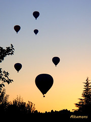First light over Cappadocia (altamons) Tags: trip travel vacation holiday turkey balloons holidays unescoworldheritagesite hotairballoons cappadocia greme altamons