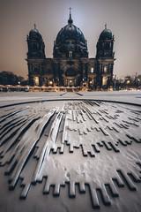 Berlin - Domschnee (030mm-photography) Tags: berlin berlinerdom lustgarten schnee winter snow architektur architecture kirche sakral church cathedral capital hauptstadt nachtaufnahme nightshot