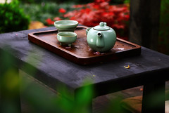 Tea pot and cups on garden table (C. Alice) Tags: bokeh teapot macro 2017 flower cup table color spring hongkong canonef24105mmf4lisusm canoneos6d eos6d canon 24105mm favorites50 1500v60f 1000views aatvl01