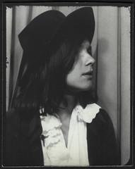 Fifie (StrategieDerOrdnung) Tags: 1970er 1970s 70s париж paris années1970 70er seventies diesiebziger siebzigerjahre rueduthéâtre photobooth fotoautomat photomaton
