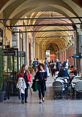 Bologna, portico capital of the Universe (iharsten) Tags: bologna portico arcade piazzasantostefano april easter 2017 italy
