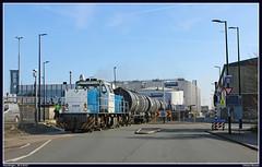 LTE 6409+ketelwagens, Vlaardingen, 26-3-2017 (Allard Bezoen) Tags: lte trein train zug dieselloc locomotief diesel loc lok diesellok lokomotieve vlaardingen vopak ketels ketelwagens locomotive 6400 ex raillion 6409