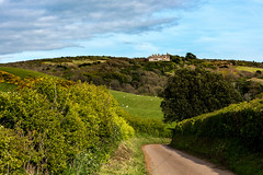 Brook Hill House seen from Dunsbury Farm (Simon Downham) Tags: brighstone england unitedkingdom gb dsc7034 brookhouse brook house farm sheep hill hills green lane landscape countryside iow isleofwight wight spring may 2017