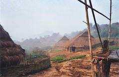 Akha (Ikor), Phongsaly (Phongsali), Laos (Lionel Bulon) Tags: aka tribal ko ikaw tribe laos ethnic kho lao kor hilltribe akha phongsaly kha tribu iko northernlaos ethnique ikor phongsali pongsali pongsaly laosoung ikho laostribe laosung lionelbulon